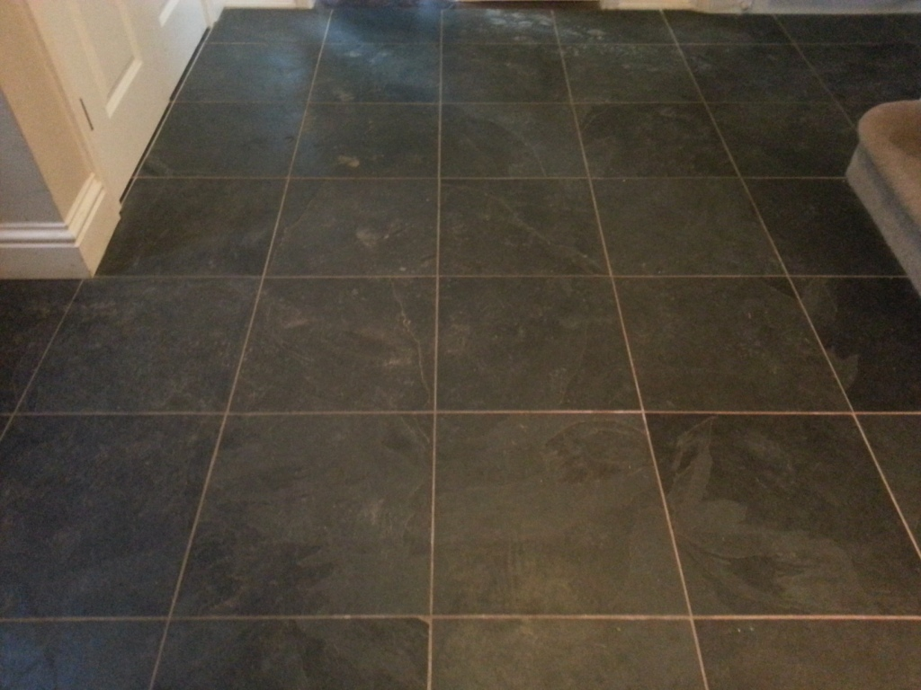 Slate And Dark Grout : Black slate tiled floor cleaned and sealed in east sussex