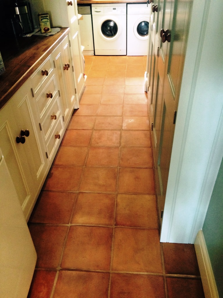Kitchen stone cleaning and polishing tips for terracotta floors terracotta kitchen tiles before cleaning in henfield dailygadgetfo Choice Image