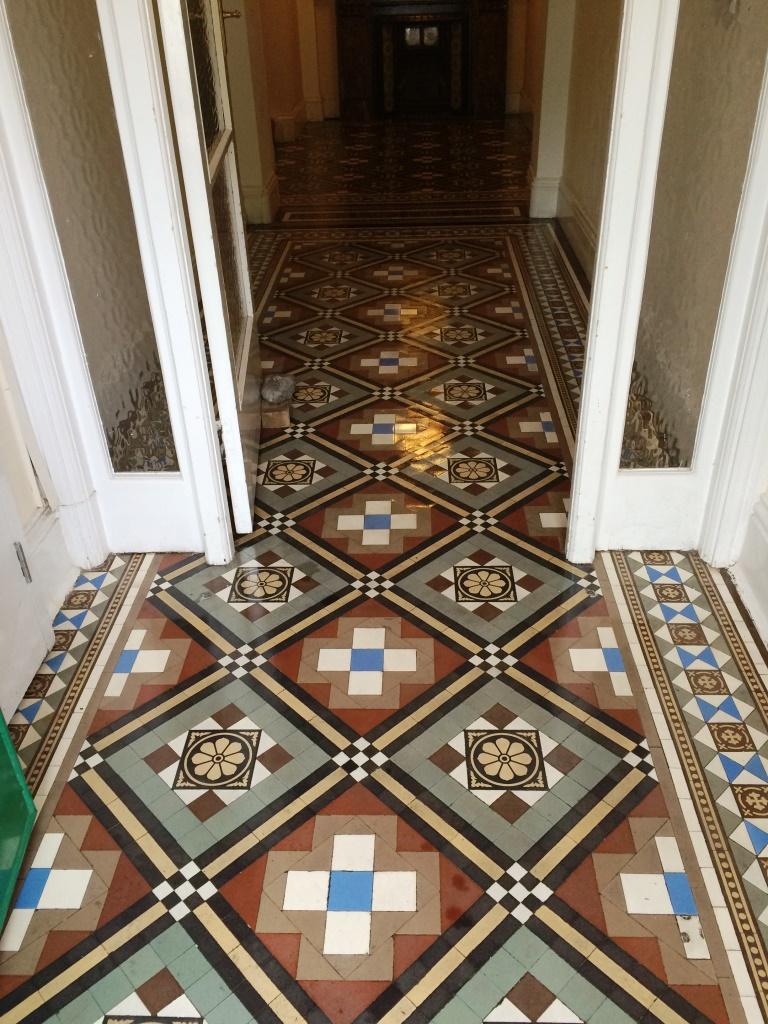 Restoring A Victorian Tiled Hallway In Eastbourne East Sussex Tile