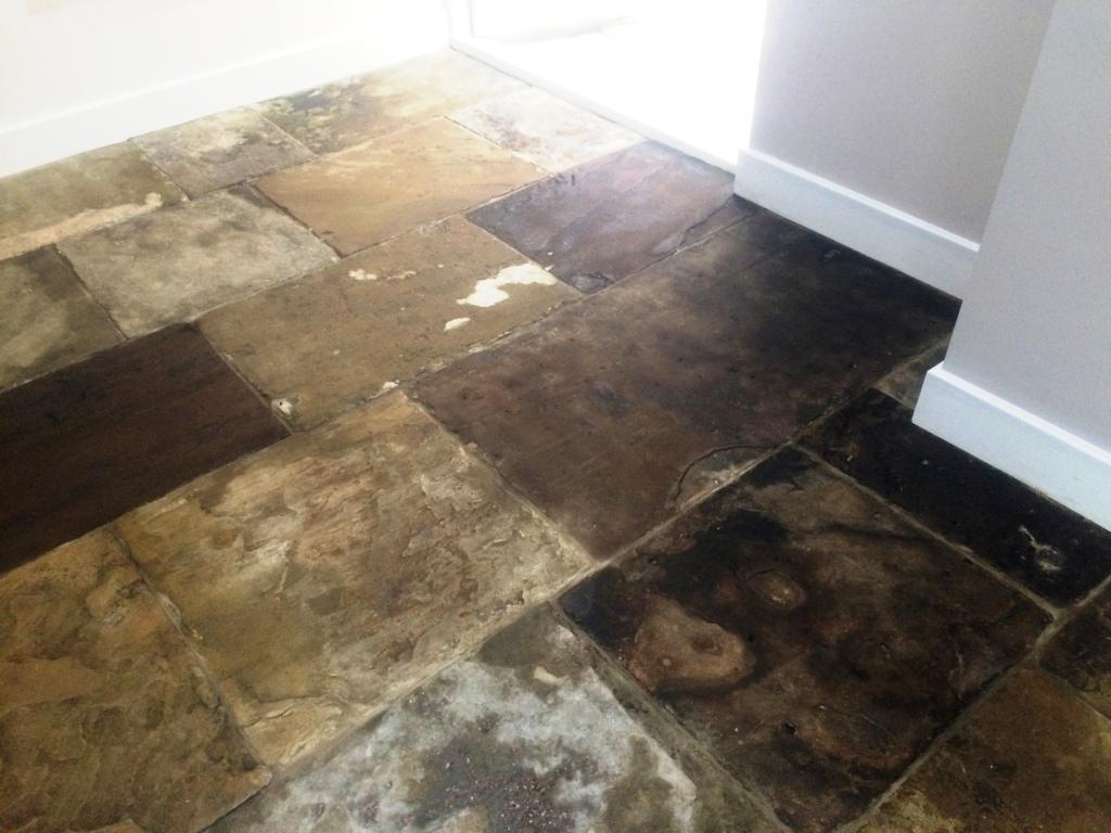 Yorkstone Kitchen Floor After Sealing Brighton